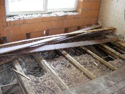 Fußboden Balken Osb ~ Innenarbeiten der fußboden hier sind noch die reste des alten
